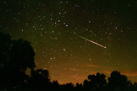 Meteor-Shower-August-2010-b1